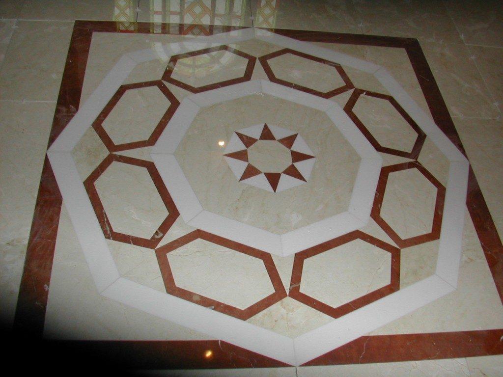 crema-marfil-and-rosso-verona-floor-motif-1024x768